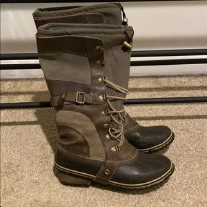 Sorel 10.5 Conquest Carly Boots Brown Green